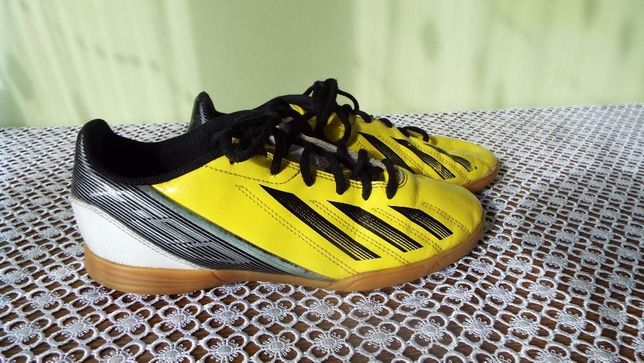 ADIDAS buty sportowe r 38