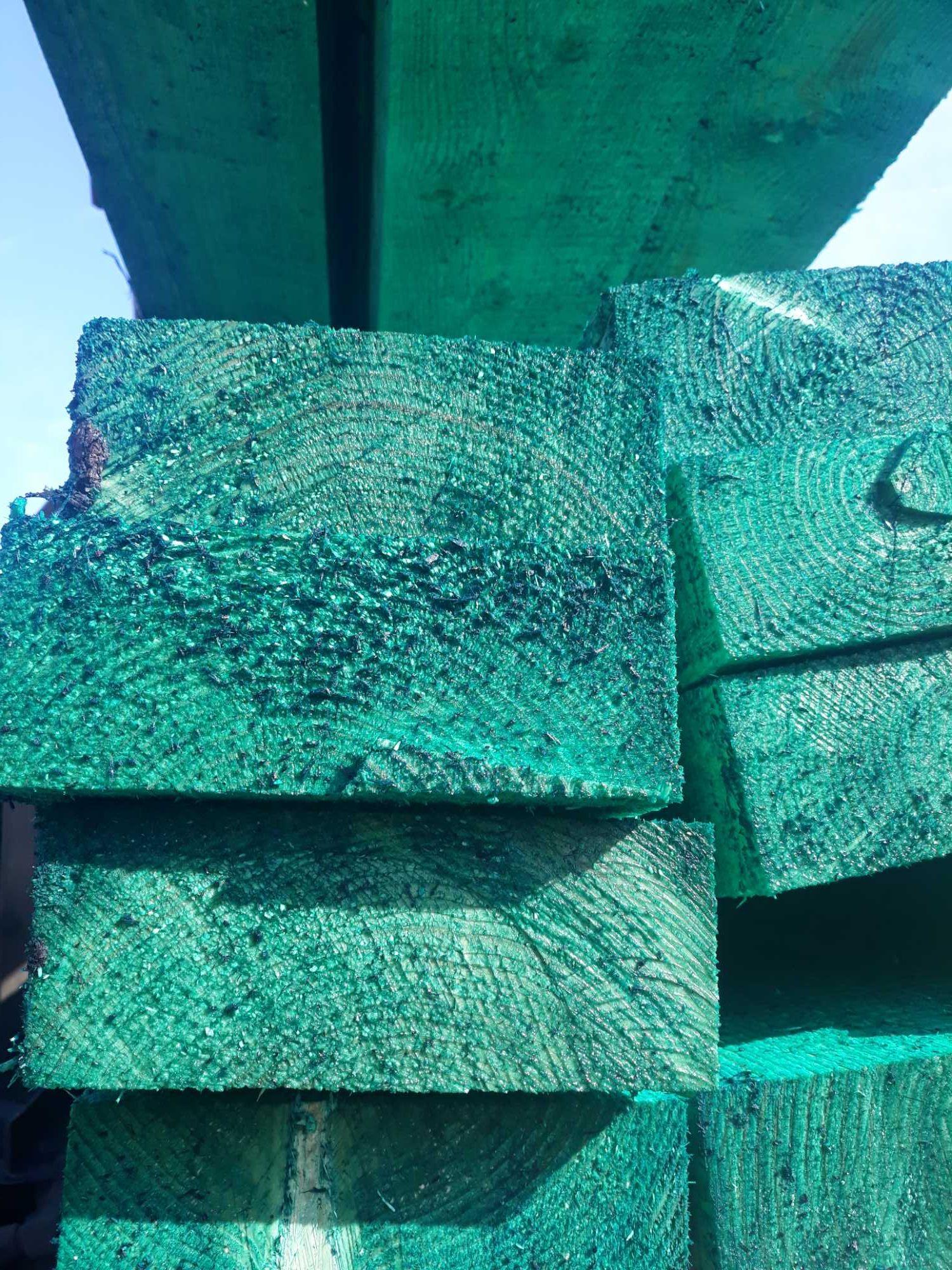 Wieźba dachowa Deski szalunkowe stemple łaty
