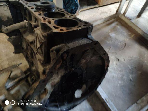 продам блок мотора мерседес спринтер джип гранд чероки 2.7