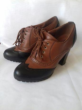 Ботильйоны, закрытые туфли
