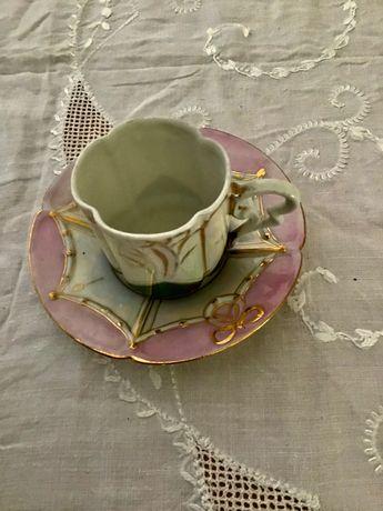 antiguidade chávena de café em finíssima porcelana