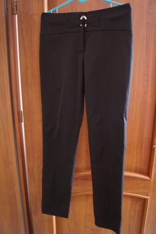 Eleganckie czarne spodnie r 38
