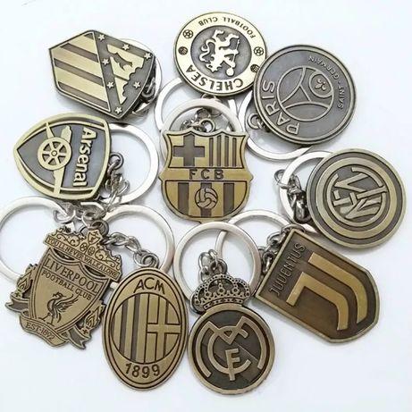 Брелок футбольный/Брелоки на ключи/Футбольная атрибутика