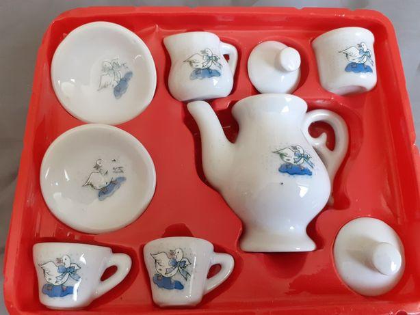 Serviço de chá para crianças  .