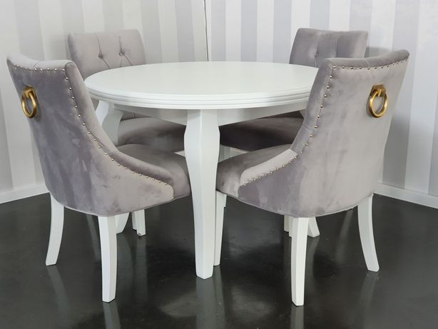 Krzesło ze złotą kołatką pikowane tapicerowane