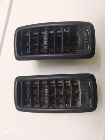 Дефлектор (детали панели, торпеды) Renault Trafic 7701054458 R6 - 136.