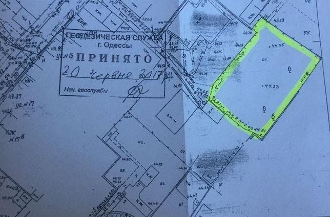 Продам участок в районе мужского монастыря.