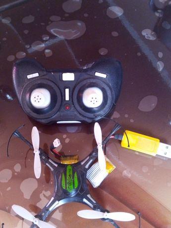 Квадрокоптер на запчастини . Акамулятор