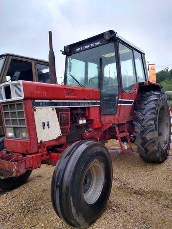 Traktor International IH 955