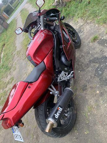 Motocykl kawasaki 750