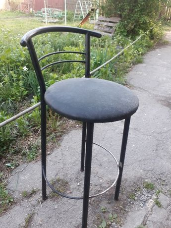 Барные высокие стулья 2 шт.по 600гр.