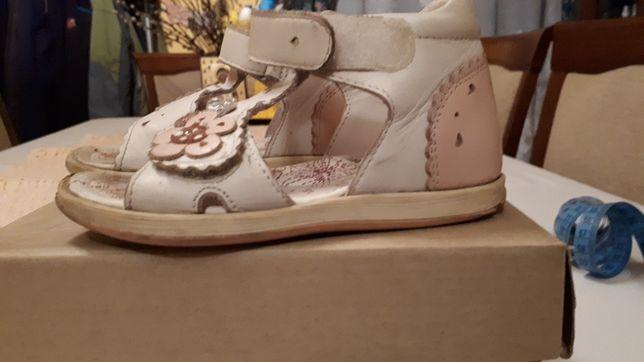 Bartek sandały skórzane rzepy biało różowe rozm 25 wkładka 15 cm