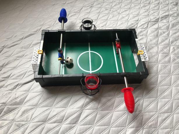 Игра настольный футбол с рюмками