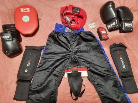 Перчатки боксерские, Шлем, капа, защита. Бокс и кикбоксинг