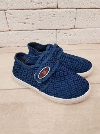 Кеды, детская обувь, 27 - 28 размер. Легкие, сетка!