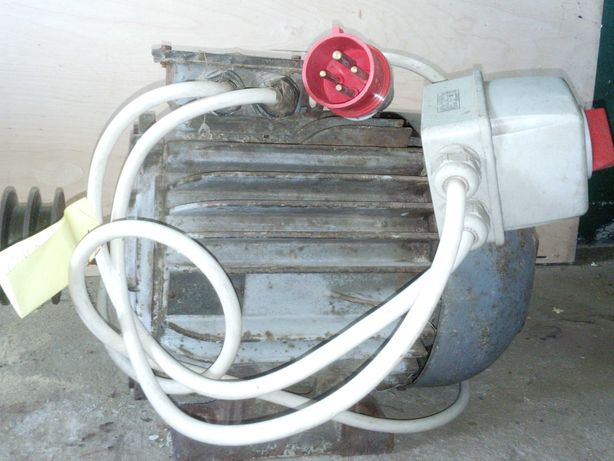 Silnik 5,5 kw 1450 obr/min  włącznik wtyczka