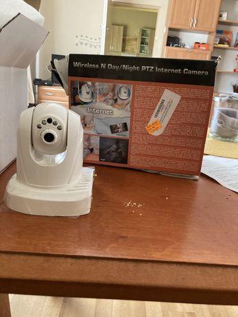 Kamera internetowa wewnętrzna z ruchomą głowicą