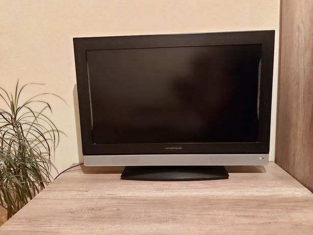 Tv Grundig 32 cale, telewizor plus uchwyt na ścianę.
