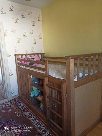 Ліжко дитяче дерев'яне