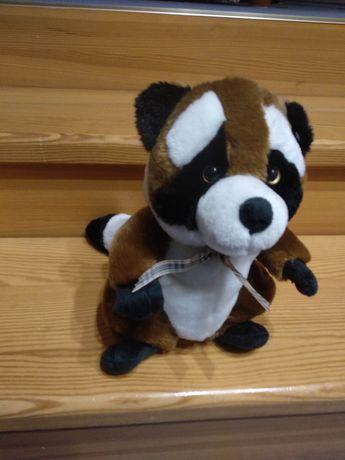 Мягкая игрушка-енот