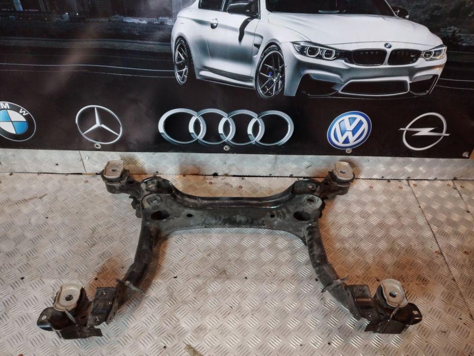 Audi a4 b9 sanki wózek kolyska tył Czerna - image 1