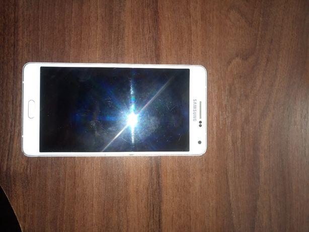 Телефон Samsung Galaxy A7 2015