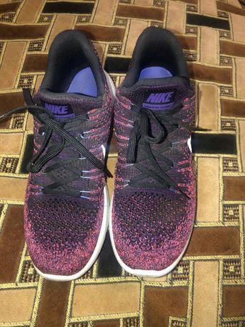 Nike lunarepic кроссовки 41 размер 26 см стелька