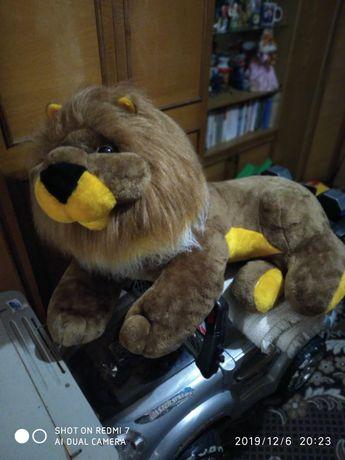 продам мягкая игрушка лев