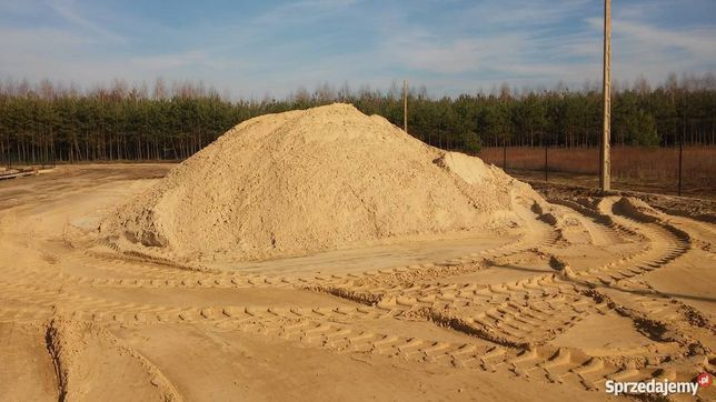 Transport materiałów sypkich piasek ziemia torf kruszywa kamień ozdobn