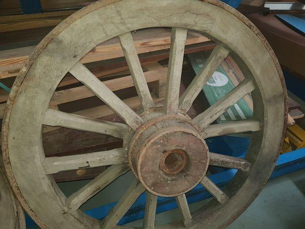 Rodas de carro de bois