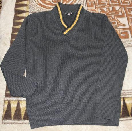 Мужской свитер,р.48-50
