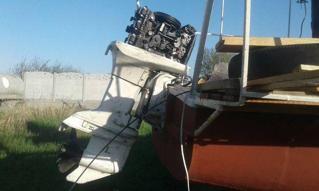 Срочно лодочный мотор подвесной навесной джонсон johnson 70