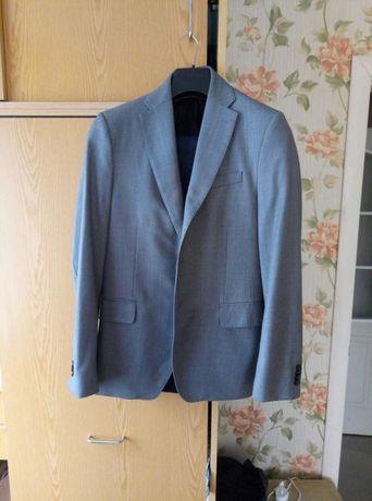 Продам чоловічий костюм (піджак та брюки)