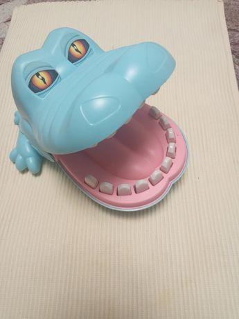 Іграшка Крокодил