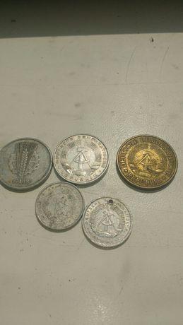 Монеты  Болгарии, Канады, ГДР, Чехословакии, Венгрии