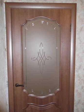 Установка внутрикомнатных дверей профессионально,отделка кафелем