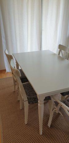 Stół IKEA Ingatorp plus 4 krzesła Ingolf z poduszkami