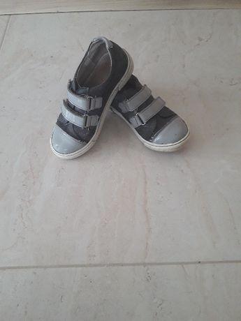 Półbuty skórzane Kornecki buty na wiosnę lub jesień