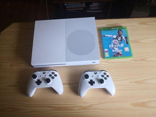 Sprzedam Xboxa one S 1TB Okazja