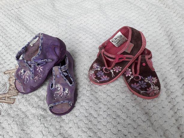 zestaw butów pantofle kapcie befado r.24 2 szt