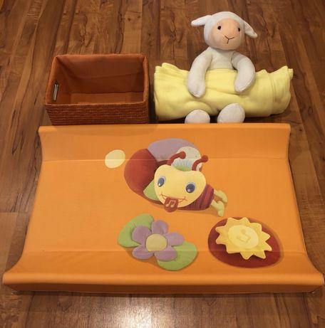 Пеленальная доска+коробка для памперсов+плед с игрушкой