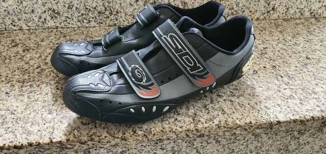 Sapatos Sidi 46 ciclismo / estrada