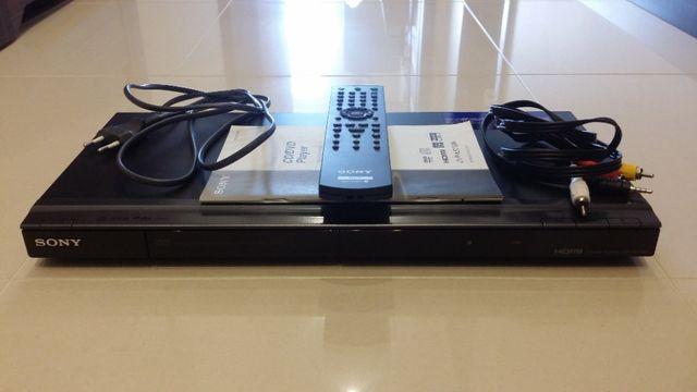 Odtwarzacz DVD Sony DVP-NS708H - stan idealny