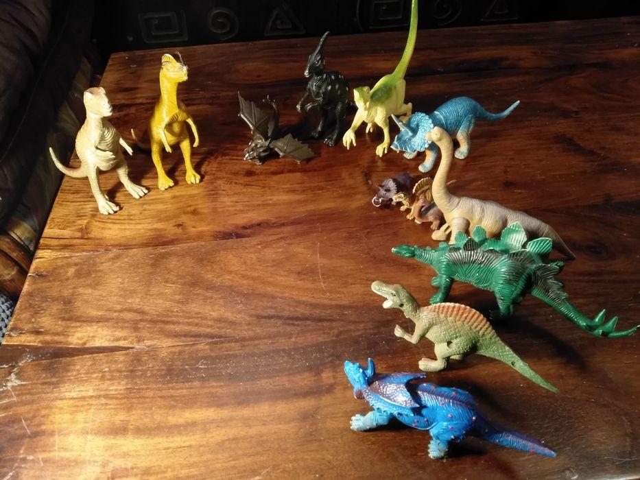 Figurki dinozaurów 13 szt. Warszawa - image 1