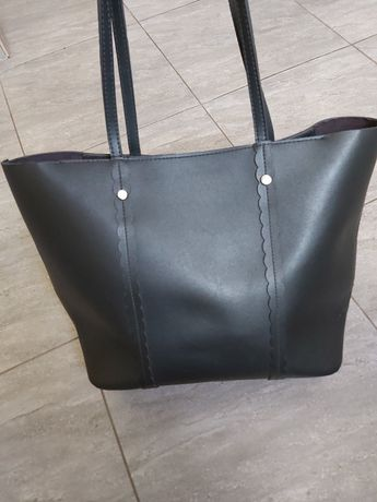 Reserved torebka a4 duza czarna
