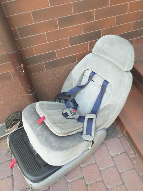 VW SHARAN fotel dziecięcy