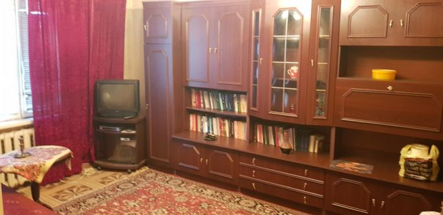 Продам 1 комн квартирк на Бочарова Свободная (Е-15)