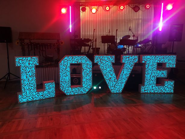 Ażurowy Napis LOVE 3D RGB 120cm Miłość