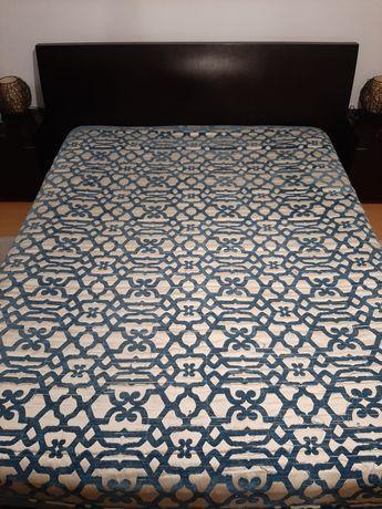 Vendo colcha de cama de casal Loja do Gato Preto