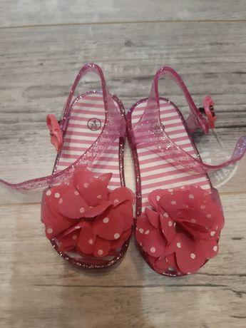 Sandały dziewczęce r 20